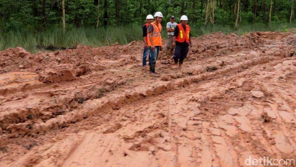 Dear Pak Jokowi, Jalan Trans Papua Rusak Nih
