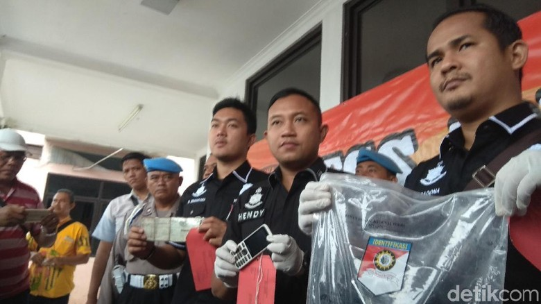 Polisi Tembak Mati Penjambret dan Pemerkosa di Karawang