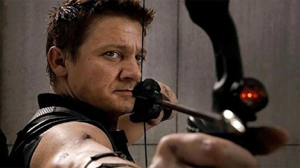 Akhirnya Senjata Hawkeye Di-upgrade dalam Infinity War