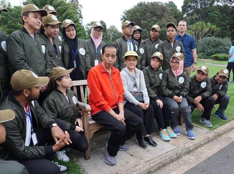 Alasan Jokowi Suka Musik Rock: Lirik Hingga Hentakan Drum