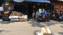 Foto: TKP Bu Mimin Tewas Tertimpa Besi Proyek Rusun Pasar Rumput