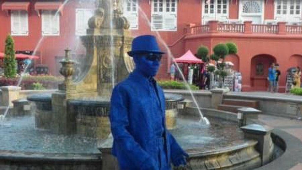 Manusia Patung ala Kota Tua Ada Juga di Malaysia