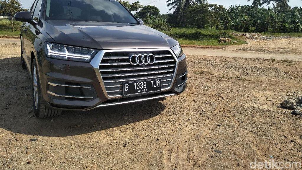 Mengaspal Bersama SUV Elegan dari Jerman, Audi Q7