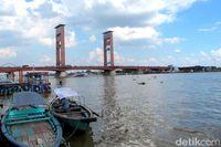 Jembatan Ampera di Palembang yang wisata airnya bisa disulap seperti di Sydney sana (Afif Farhan/detikTravel)