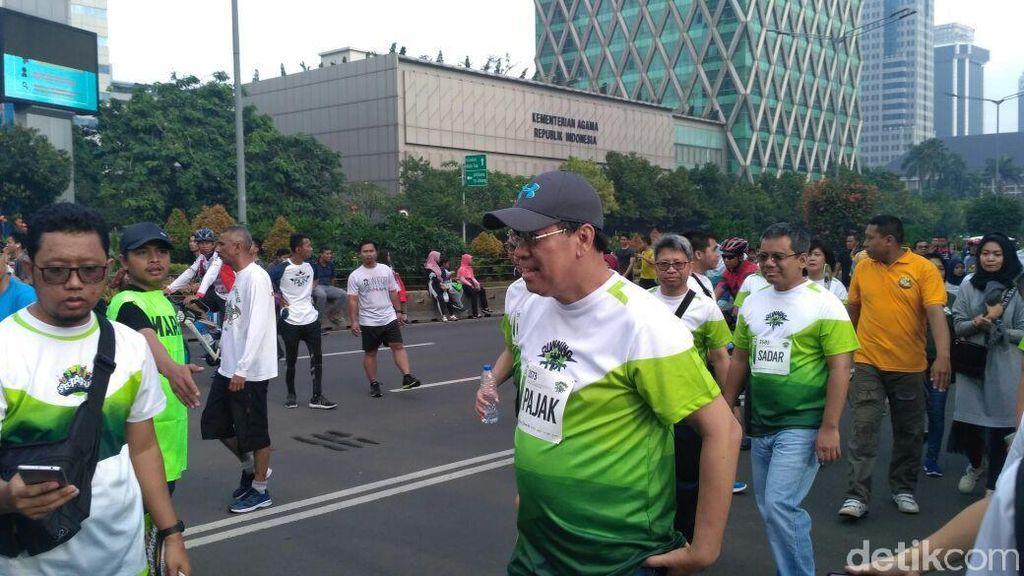 Lari Pagi di CFD, Dirjen Pajak Ingatkan Warga Lapor SPT