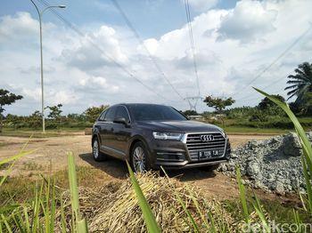 SUV Elegan yang Nyaman untuk Berbagai Medan
