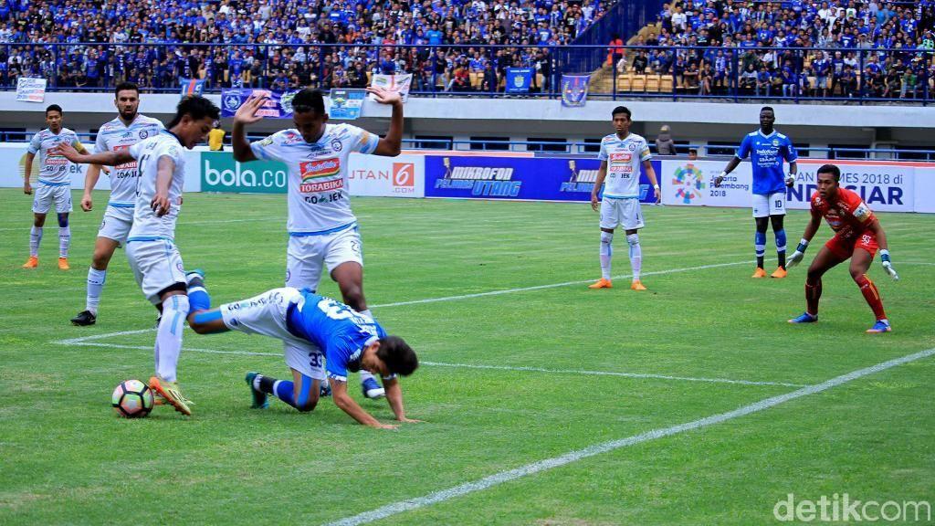 Belum Kick-off, Jadwal Liga 1 Sudah Berubah