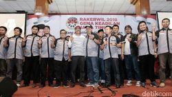 Gus Ipul Kagumi Keberhasilan Surabaya dan Banyuwangi