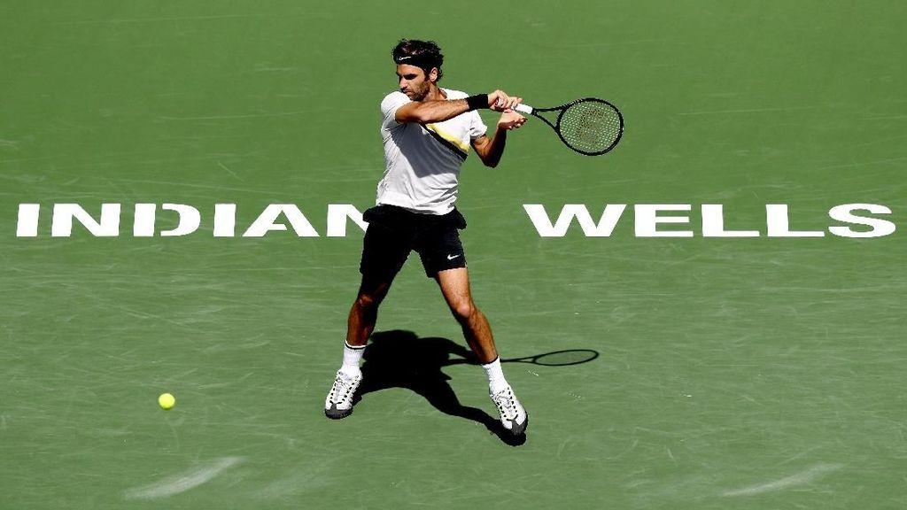 Federer ke Final Usai Tarung Tiga Set