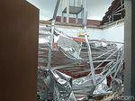 2 Korban Ambruknya Atap Ruangan RSAL Surabaya Luka di Kepala