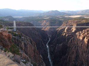 Ngeri Banget 10 Jembatan Tertinggi Dunia, Berani Lewat?