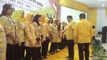 Airlangga Lantik Pengurus Kesatuan Perempuan Partai Golkar