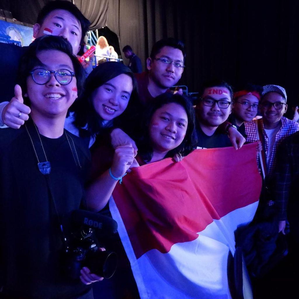 Dukungan Suporter Indonesia di Arena Birmingham untuk Kevin/Marcus