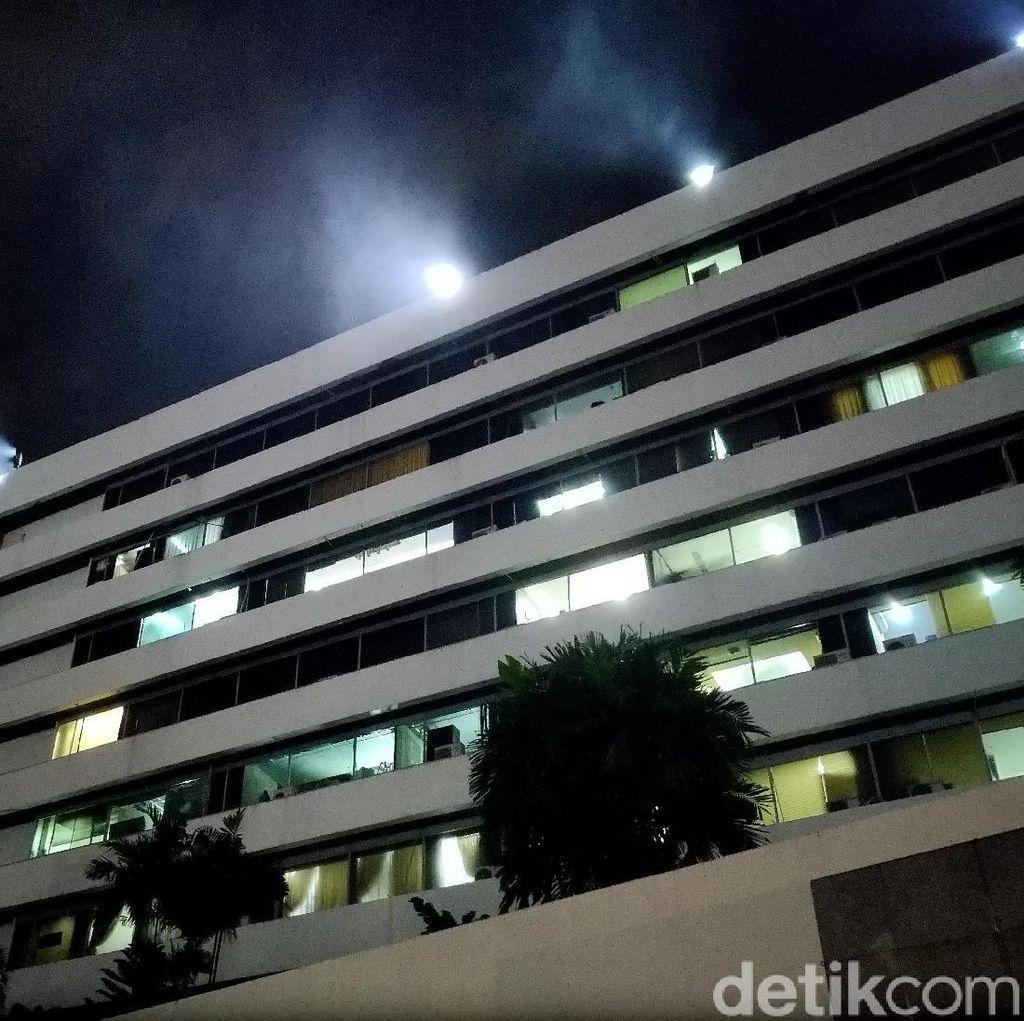 Gedung DPR Kebakaran, Api Muncul dari Lantai 4 Gedung Nusantara III