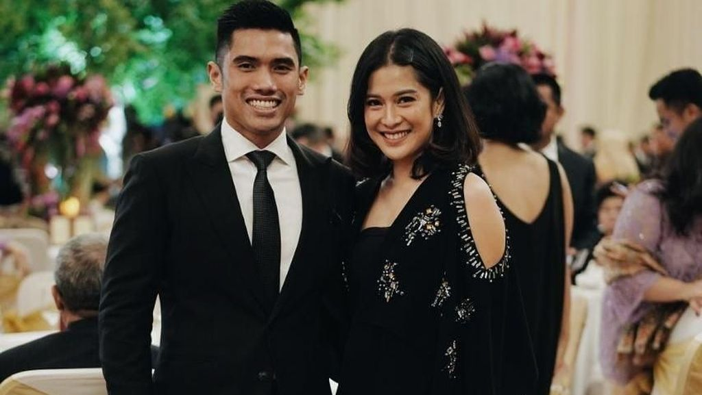 Suami Diperiksa KPK, Dian Sastro Posting Ini di Instagram
