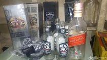 Gerebek Rumah di Ciracas, Polisi Sita Ratusan Botol Miras
