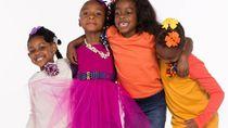 Keren! Di Usia 7 dan 3 Tahun, Dua Bocah Ini Jalani Bisnis Online