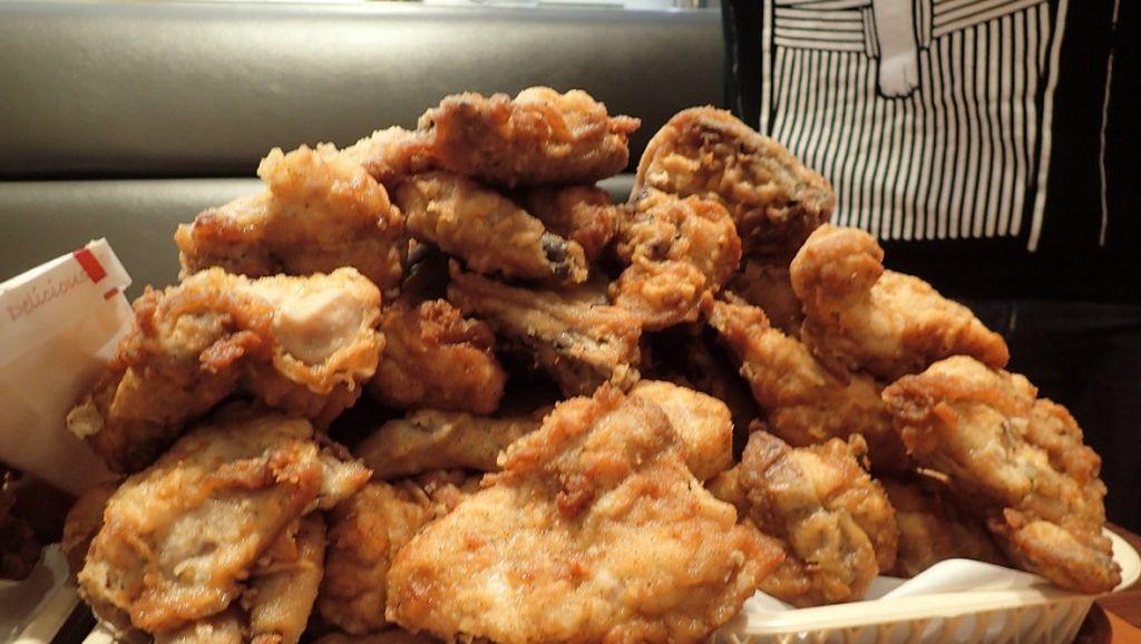 Wow! 247 KFC Jepang Tawarkan Makan Ayam Sepuasnya