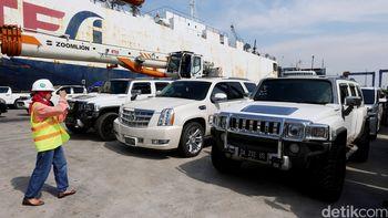 Koleksi Mobil Mewah Bupati Abdul Latif yang Disita KPK