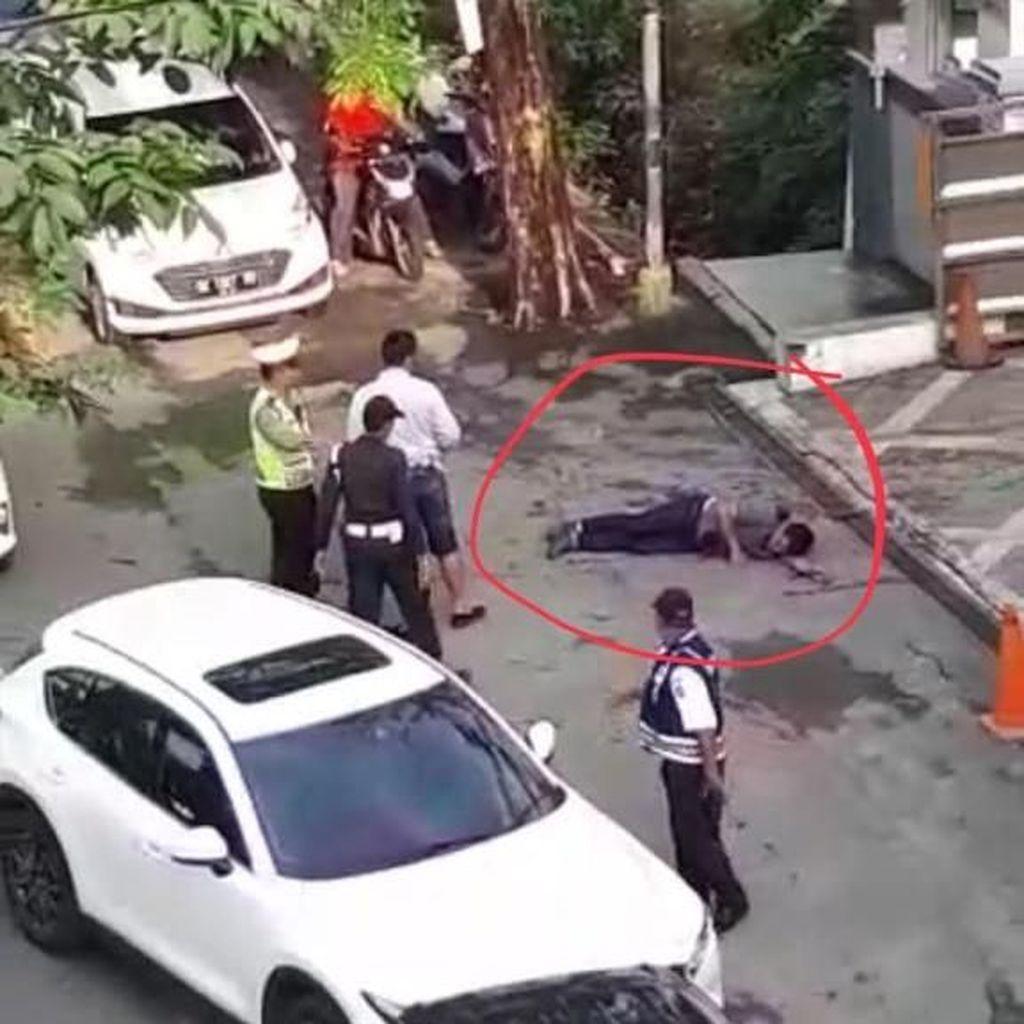 Penampakan Bandar Narkoba Menggelepar Usai Didor di Tepi Jalan