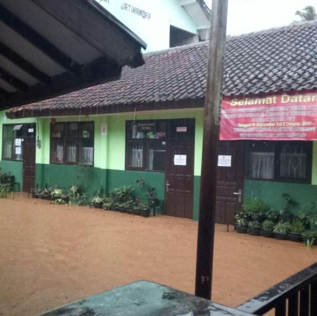 Sungai Meluap, SD Jatihandap Bandung Kebanjiran