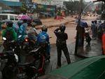 Banjir Bandang Terjang Cicaheum Bandung Bikin Warga Panik