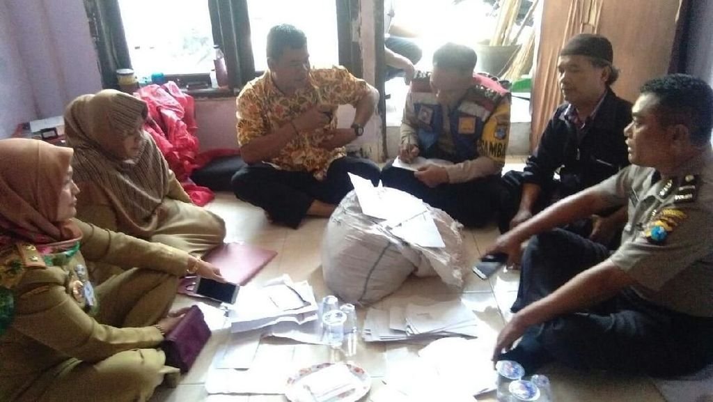 Polisi Amankan Karung Berisi KIP yang Ditemukan di Laundry