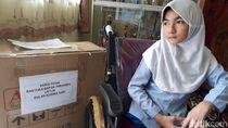Senangnya Bulan Terima Kursi Roda dari Jokowi Usai Suratnya Viral