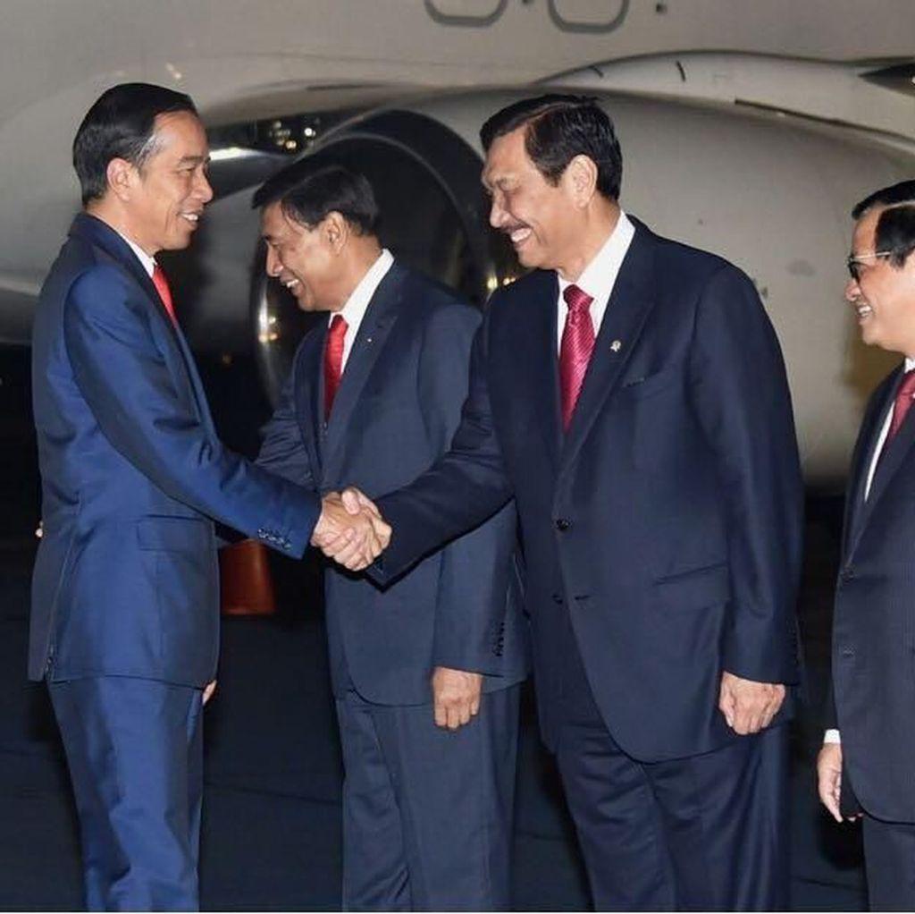 Jokowi Tiba di Jakarta Usai Kunjungan ke Australia dan Selandia Baru