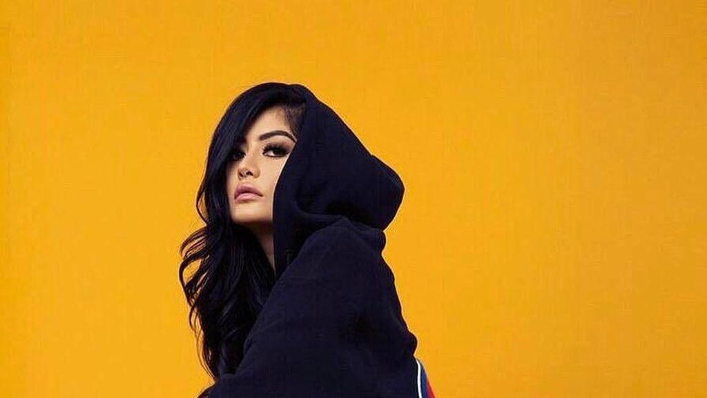 Kenalan dengan Kim Lee yang Dijuluki Kim Kardashian dari Asia