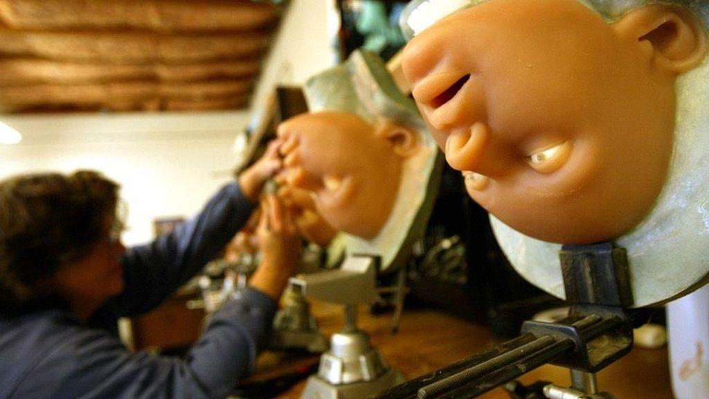 Nasib Rumah Bordil Boneka Seks Akan Diputuskan Dewan Kota Paris