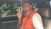Pose 2 Jari Cagub NTT Tersangka Suap di KPK