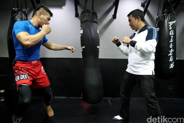 Ketika Menpora Berlatih Jiu Jitsu