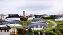 Rumah-rumah di Desa Ini Adalah Kapal yang Terbalik