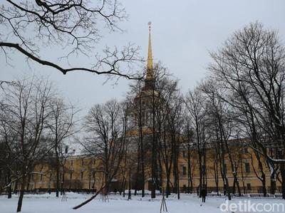 Mau Traveling dan Nonton Piala Dunia di Rusia, Ini Panduannya