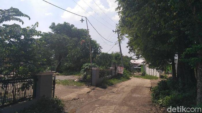 Kampung yang terjepit proyek Meikarta. Foto: Achmad Dwi Afriyadi/detikFinance