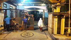Jadi Tersangka Suap, Begini Situasi Rumah Wali Kota Malang