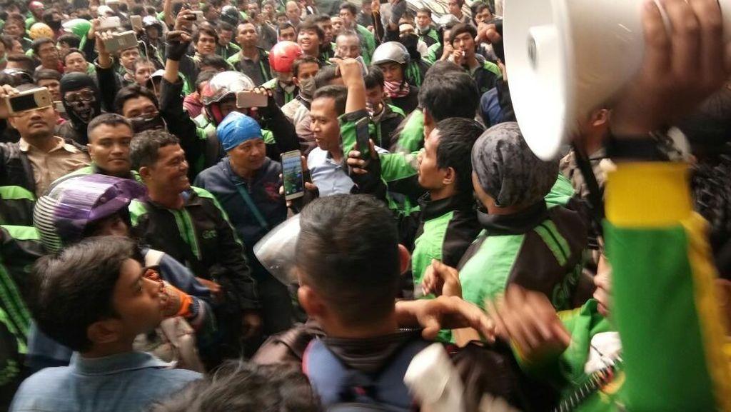 Pasca Didemo Soal Bonus, Kantor Grab Medan Tutup Sementara