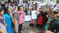 Samakan Dada Perempuan dengan Semangka, Profesor India Diprotes