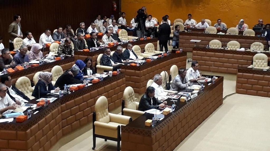 DPR Panggil Menteri PUPR Bahas Kecelakaan Konstruksi