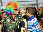 Seru! Begini Cara Prajurit TNI Hibur Anak-anak di Lebanon
