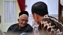 Nyak Sandang Ingin Langsung Lihat Jokowi Usai Matanya Dioperasi