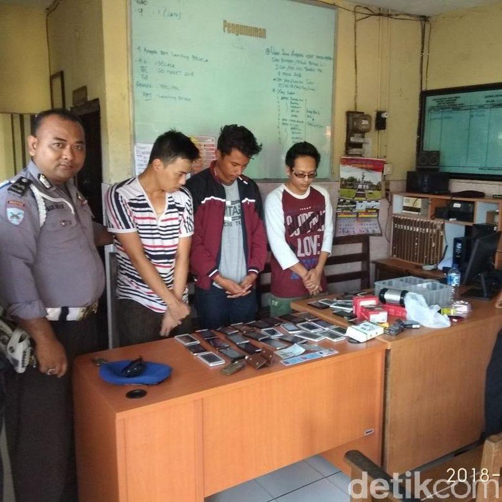 Angkut Tuyul, Tiga Sopir Taksi Online Diamankan di Lamongan
