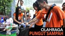Suka Duka Olahraga Sambil Pungut Sampah, Titip Sampah Dibayar Push Up