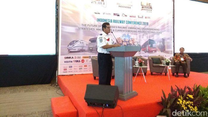 Konferensi Kereta Api Nasional 2018 di Jakarta Internasional Expo. Foto: Trio Hamdani