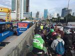 Foto: Macet Pancoran-Kuningan, Jalan Gatsu Bak Lautan Kendaraan
