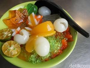 Slurp! Icip-icip Aneka Es di Es Campur Jelly Acen