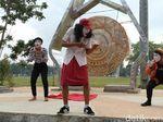 Seniman Purworejo Peringati Hari Pantomime Sedunia