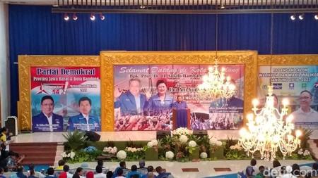 SBY Turun Gunung Kampanyekan Nurul Arifin-Ruli