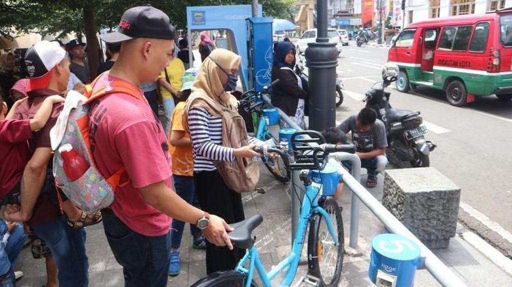 Cobain Deh, Keliling Kota Bandung dengan Sepeda